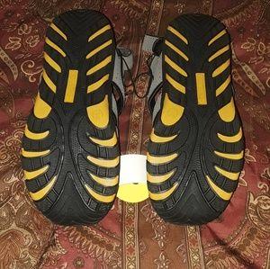 Khombu Shoes - KHOMBU  Water - Beach - Pool Big Kids Sandals